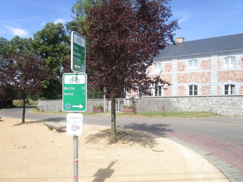 Poursuite de la signalisation directionnelle de l'EuroVelo 5